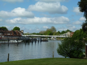 Marlow Bridge closer