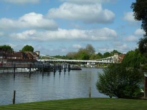 Marlow Bridge closer