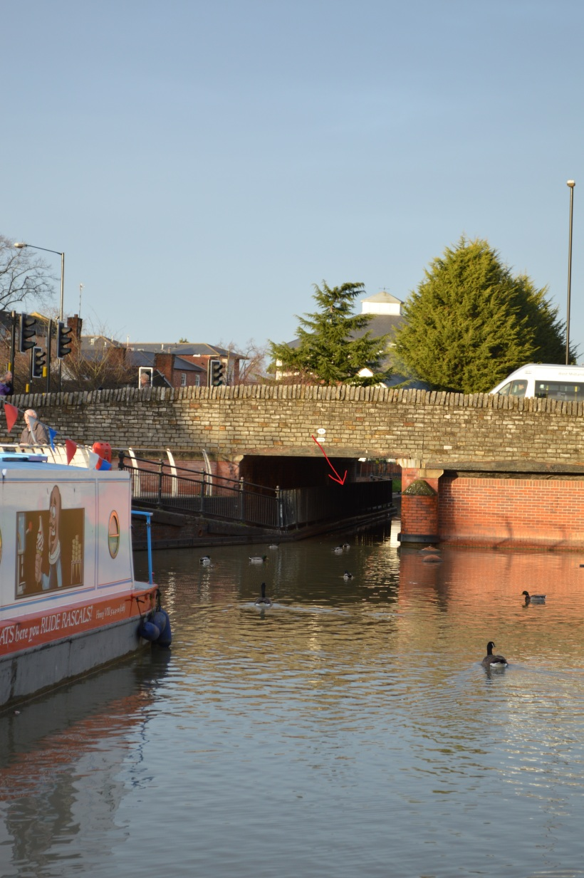 Entry to Stratford Basin